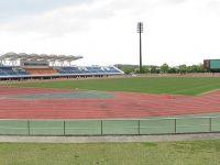 半田運動公園陸上競技場1