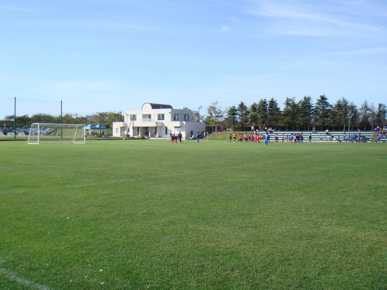 苫小牧市緑ヶ丘公園サッカー場   FOOTBALL JUNKY