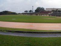 東風平運動公園陸上競技場1