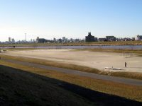 江北橋緑地左岸球技場1
