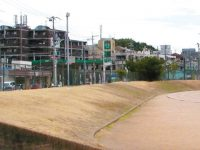 西宮市中央運動公園陸上競技場3
