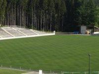 青森県フットボールセンター天然芝2