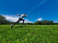 サッカーのスプリントを早くする走り方と練習方法